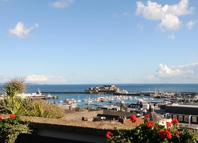 Strand auf Guernsey