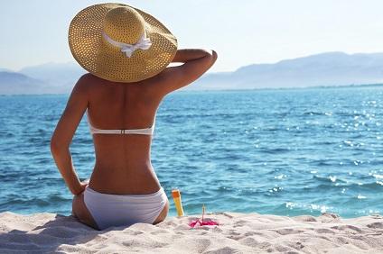 Bräunen statt brennen! Tipps für den Urlaub ohne Sonnenbrand